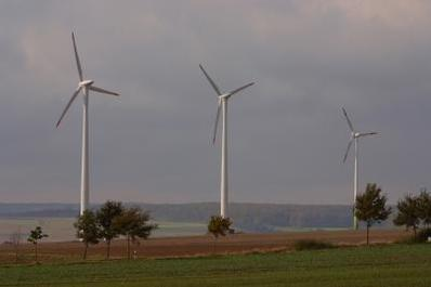 Positive & Negative Facts About Wind Energy