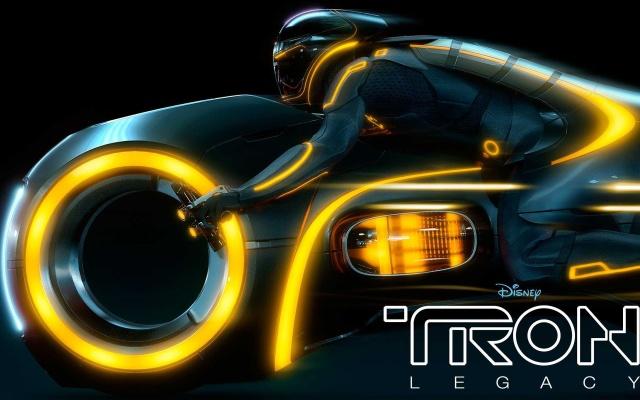 2010_tron_legacy_2-1920x1200